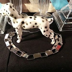Vintage necklace good condition